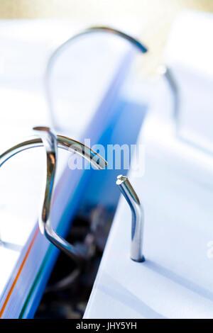 Folder - clamp mechanism, Ordner - Klemmmechanismus - Stock Photo