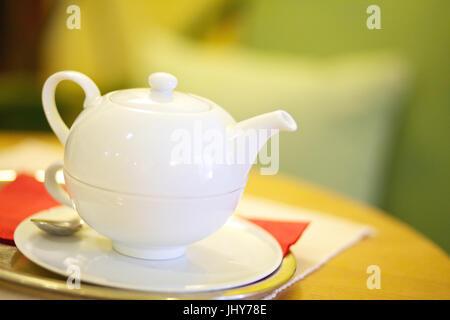 White teapot - White teapot, Weisse Teekanne - White teapot - Stock Photo
