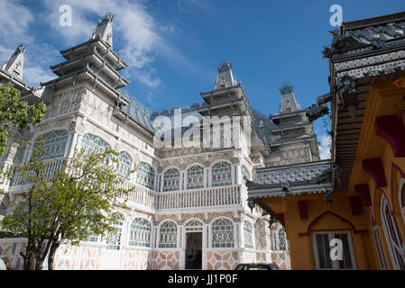 Wealthy house of a Roma gypsy family, Ivanesti, Romania - Stock Photo