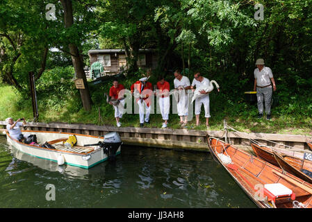 London, UK. 17th July, 2017. Swan Upping takes place on the River Thames near Windsor, Berkshire, UK. The annual - Stock Photo