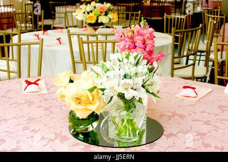 table, flower arrangement, wedding, Brazil - Stock Photo