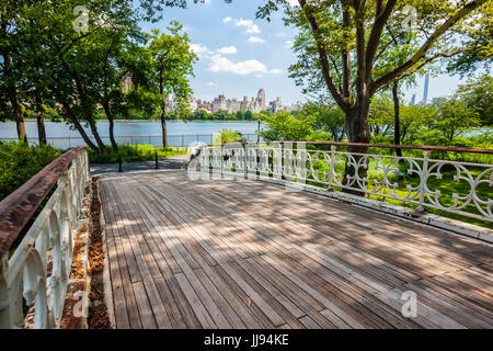 New York Central Park, lake Jacqueline Kennedy Onassis Reservoir - Stock Photo