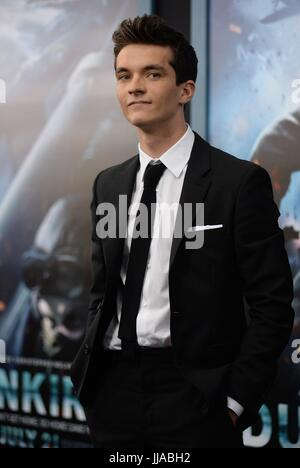 New York, NY, USA. 18th July, 2017. Fionn Whitehead at arrivals for DUNKIRK Premiere, AMC Loews Lincoln Square 13, - Stock Photo