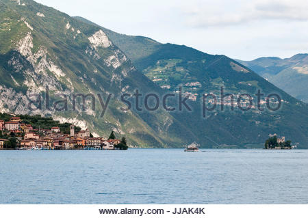 Carzano summer view, Monte Isola (or Montisola), Lake Iseo, Lombardy - Stock Photo