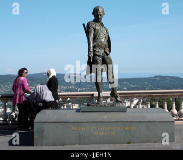 AJAXNETPHOTO. GRASSE, FRANCE. - FRENCH NAVAL ADMIRAL - STATUE OF FRANCOIS-JOSPEH PAUL, MARQUIS DE GRASSE TILLY, - Stock Photo