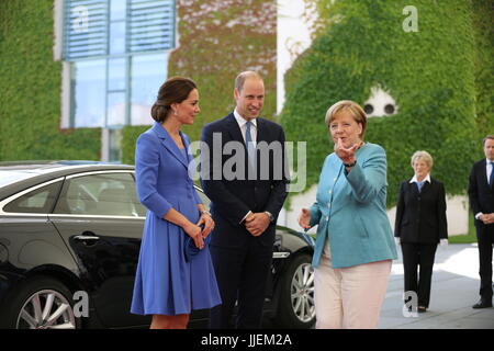 Berlin, Germany. 19th July, 2017. Chancellor Angela Merkel receives the British Prince William, Duke of Cambridge, - Stock Photo