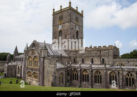 St David's Cathedral in Pembrokeshire, West Wales - Stock Photo