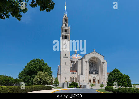 Washington, DC - The Basilica of the National Shrine of the Immaculate Conception. It is the largest Roman Catholic - Stock Photo