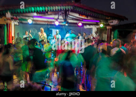 Nightly music and dancing at the Centro Cultural Polo Montanez - VINALES, PINAR DEL RIO, CUBA - Stock Photo