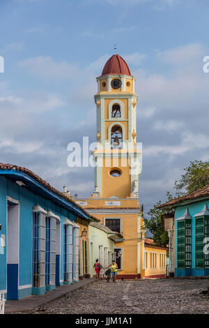 The former CONVENT DE SAN FRANCISCO ASIS is now the MUSEO NACIONAL DE LA LUCHA CONTRA BANDIDOS with its bell tower - Stock Photo