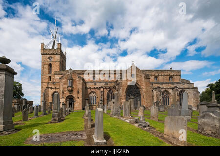 Church of St Michael's parish at Linlithgow Palace in Scotland, United Kingdom - Stock Photo