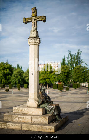 Statue of the pilgrim in front of the Monastery Hospital of San Marcos, today National Hotel Parador. Leon, Spain, - Stock Photo