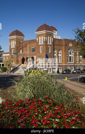 USA, Alabama, Birmingham, 16th Street Baptist Church from Kelly Ingram Park - Stock Photo