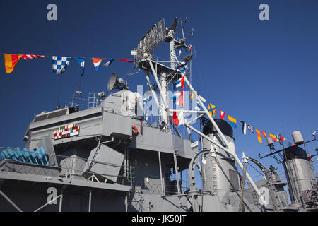 USA,Massachusetts, Boston, Sail Boston Tall Ships Festival, Charlestown Navy Yard,  WW II US destroyer, USS Cassin - Stock Photo