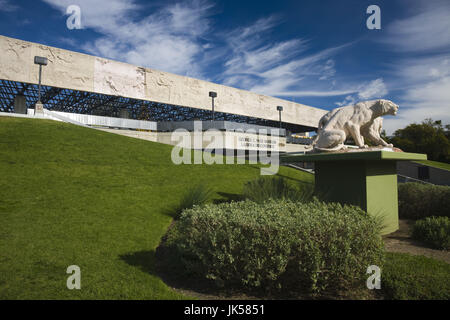 USA, California, Los Angeles, Miracle Mile District, La Brea Tar Pits, George C. Page Museum - Stock Photo