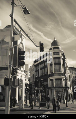 USA, California, Los Angeles, Beverly Hills, Via Rodeo Shops, Rodeo Drive - Stock Photo