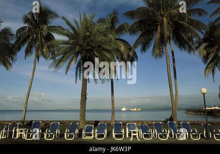 Fidschi Inseln, Viti Levu, Suva, Hotelstrand, Blick, Meer  Südsee, Insel, Strand, Liegewiese, Liegestühle,  Tourismus, - Stock Photo