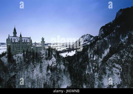 Deutschland, Bayern, Allgäu, Schloss  Neuschwanstein, Winter  Sehenswürdigkeit, nahe Füssen, 964 m ü.M., erbaut - Stock Photo