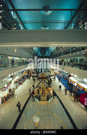 Vereinigte Arabische Emirate, Dubai, International Airport, Duty Free Shopping Center, Touristen Arabische Halbinsel, - Stock Photo