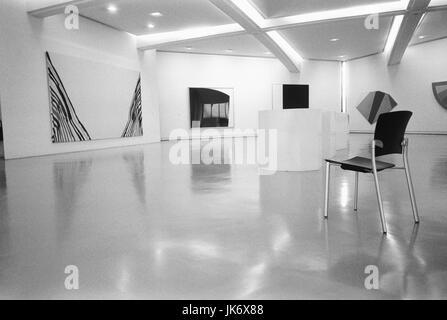 Frankreich, Provence, Cote dïAzur,  Nizza, Musee dïArt Moderne et dïArt  Contemporain, Galerie, s/w innen, Südfrankreich, - Stock Photo