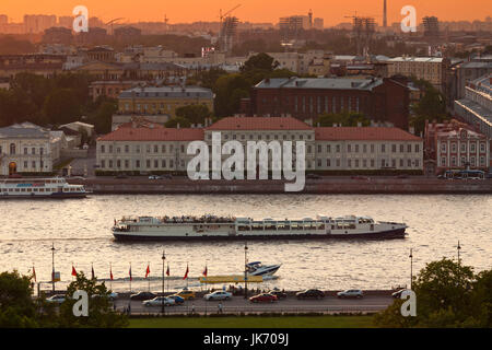 Russia, Saint Petersburg, Center, elevated view of the Neva River from Saint Isaac Cathedral, dusk - Stock Photo