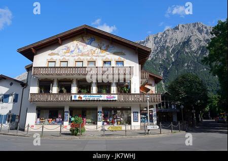 Shop with paintings, Mittenwald, Werdenfelser Land, Bavaria, Germany   Geschaeft mit Lueftlmalerei, Mittenwald - Stock Photo
