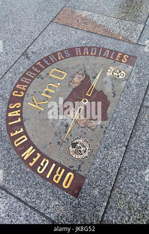 Spain, Madrid, Centro Area, Puerta del Sol, Kilometro Zero, kilometer marker for the start of all Spanish roads - Stock Photo