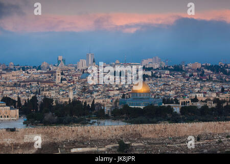 Israel, Jerusalem, elevated city view with Temple Mount and Dome of the Rock from the Mount of Olives, dawn - Stock Photo