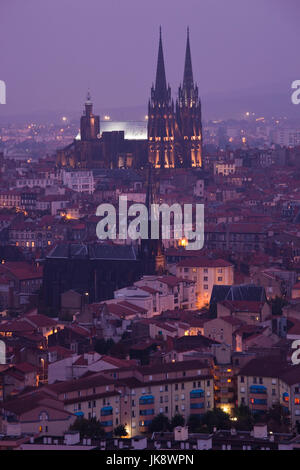 France, Puy-de-Dome Department, Auvergne Region, Clermont-Ferrand, city overview with Cathedrale-Notre-Dame from - Stock Photo