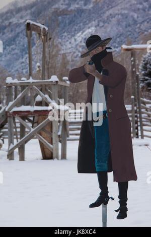 2ee77ea0225 Old West Bandit Stock Photo  69875097 - Alamy
