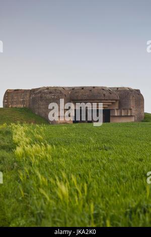 France, Normandy Region, Calvados Department, D-Day Beaches Area, Longues Sur Mer, WW2-era German 150mm artillery - Stock Photo