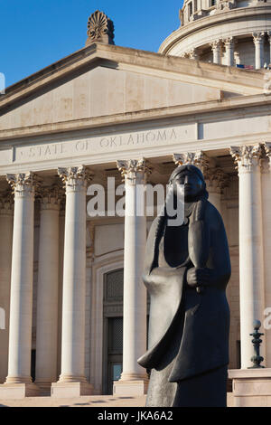 USA, Oklahoma, Oklahoma City, Oklahoma State Capitol Building, sculpture of Native American, As Long As The Waters - Stock Photo