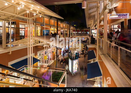 USA, Florida, Miami, Bayside Mall, evening - Stock Photo