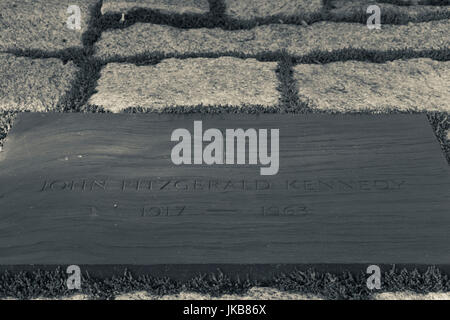 USA, Virginia, Arlington, Arlington National Cemetery, grave of former US President John Fitzgerald Kennedy - Stock Photo