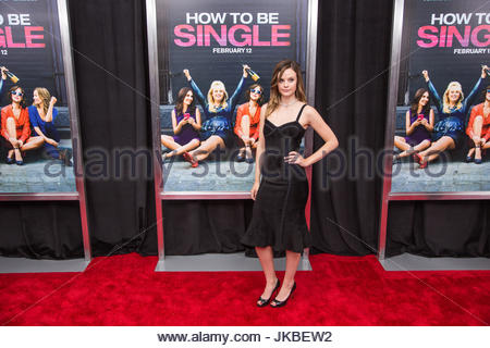 Sarah ramos new york premiere of how to be single at the nyu new york premiere of how to be single at the nyu ccuart Image collections