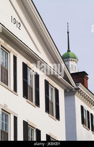 USA, New Hampshire, Hanover, Dartmouth College, Wentworth Hall on The Green - Stock Photo