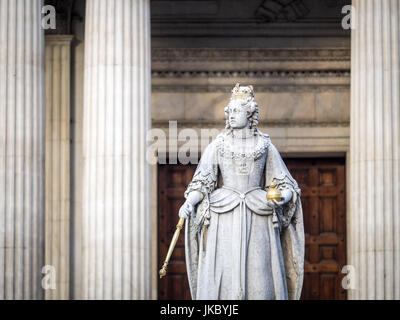 Statue of Queen Anne outside St Pauls Cathedral in central London, UK. The statue was created in1886 - Stock Photo