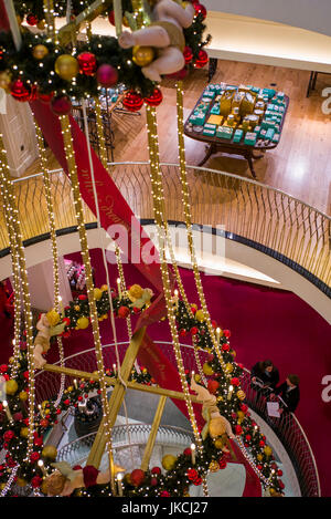 England london st james fortnum and mason store - Fortnum and mason christmas decorations ...