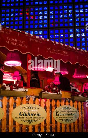 Germany, Berlin, Charlottenburg, Kurfurstendam, City Christmas market, market cafe - Stock Photo