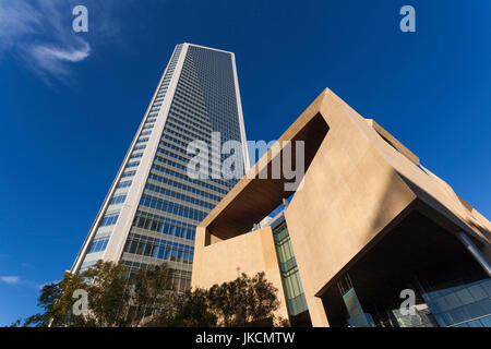 USA, North Carolina, Charlotte, Mint Museum of Art and Duke Energy Center, downtown - Stock Photo