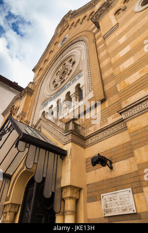 Romania, Bucharest, Tailors Synagogue, housing the Jewish History Museum, exterior - Stock Photo