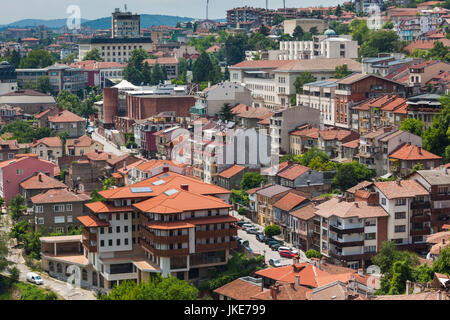 Bulgaria, Central Mountains, Veliko Tarnovo, elevated view of the New City from Varosha Old Town - Stock Photo
