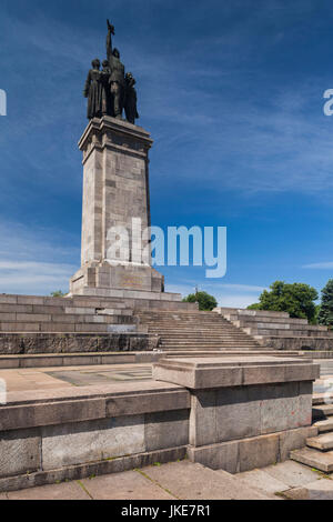 Bulgaria, Sofia, Monument to the Soviet Army Stock Photo