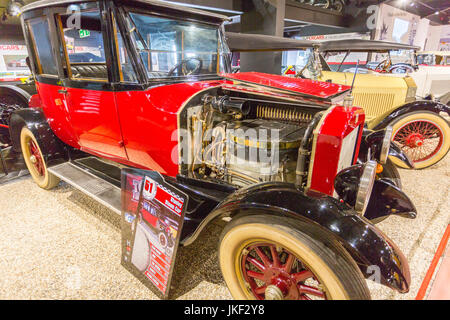 A 1921 vintage Stanley Steam Car in the Haynes International Motor Museum, Sparkford, Somerset, England, UK - Stock Photo