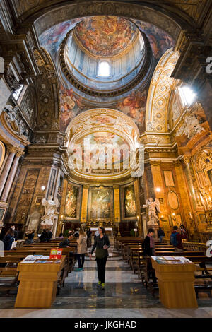 Vertical view of the altar at Sant'Andrea dell Fratte church in Rome. - Stock Photo