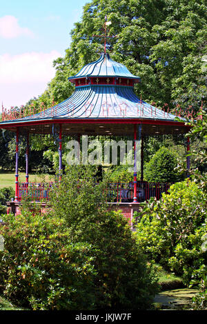 Band doing a sound check on the bandstand in Sefton Park ahead of the Liverpool International Music Festival 2017 - Stock Photo