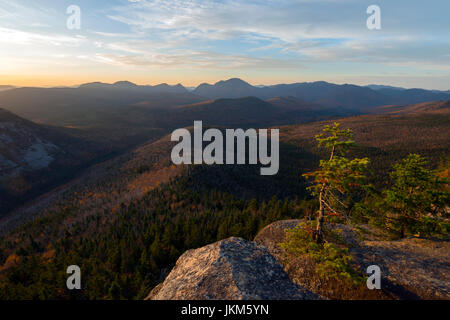 Sunrise from Zeacliff on the Appalachian Trail overlooking Pemigewasset Wilderness in New Hampshire's White Mountain - Stock Photo
