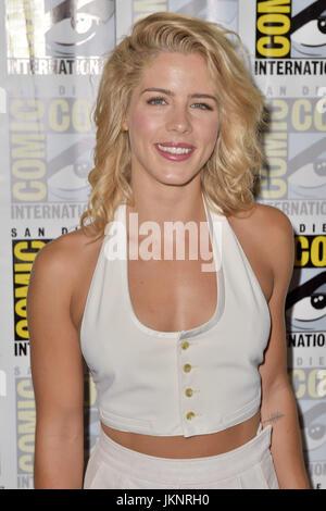 Emily Bett Rickards: Arrow Press Line at Comic Con -03