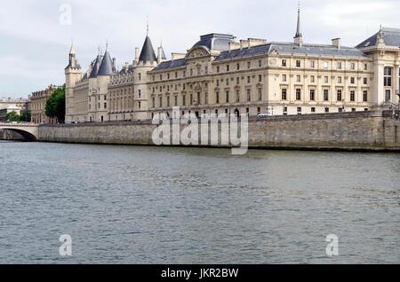 Paris, France, Conciergerie, viewed across the Seine, - Stock Photo
