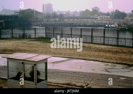 The Berlin Wall and Death strip as seen from East Berlin as seen at Sandkrugbrücke 15th November1989. The Wall, - Stock Photo